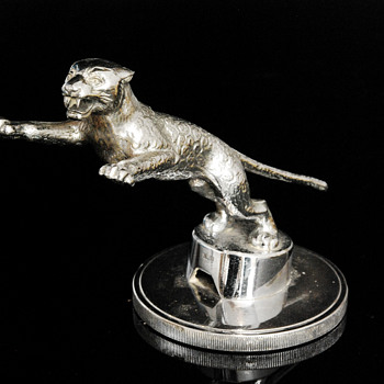 Rare Desmo Jaguar SS Car Mascot - Art Deco