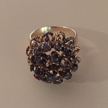 Ring marked JG 14k Black Star Sapphire - Fine Jewelry