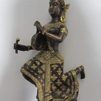 WOMAN PLAYING DRUM STATUE - Asian
