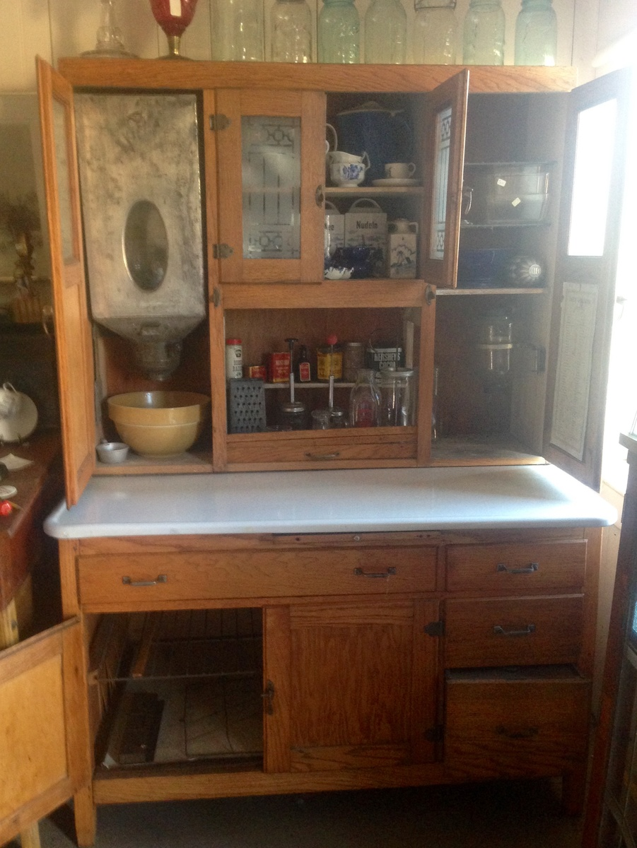All original Hoosier style Kitchen Cabinet - is it a Sellers? No ...