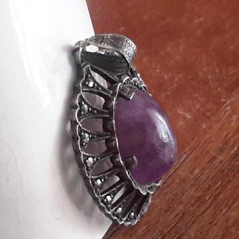 English1910-1920s antique amethyst & marcasite pendant - Fine Jewelry