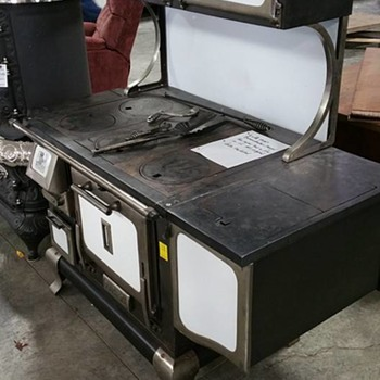 Brand New - Never Used - South Bend Wood Cook Stove