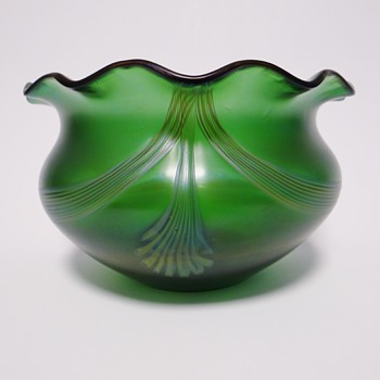 Wilhelm Kralik vase - Art Glass