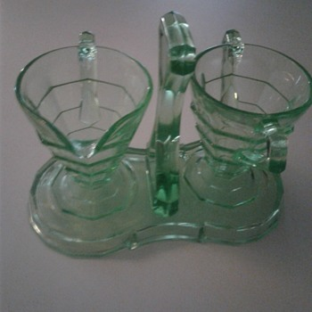 Indiana Glass Creamer / Sugar Unusual Vaseline ? - Glassware