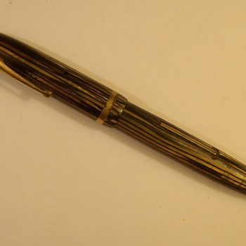 "Old Sheaffer ""Lever fill"" Ink Pen - Pens"