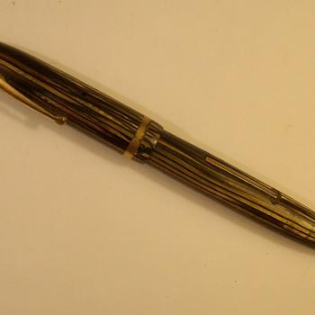 "Old Sheaffer ""Lever fill"" Ink Pen"