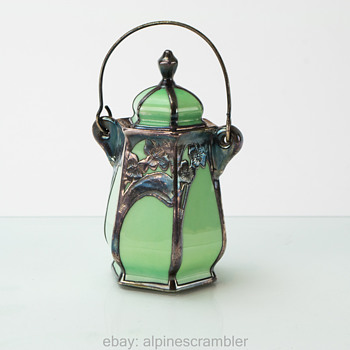 Small green ceramic jar, silver overlay Lenox J1219 - China and Dinnerware