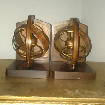 treasure island bookends old world globe - Books