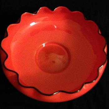 NEWLY FOUND TANGO BOWL - Art Glass