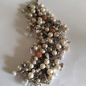 Silver tone beaded bracelet - Costume Jewelry