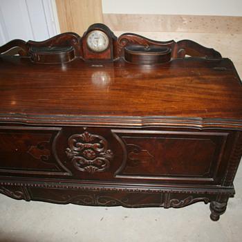 1937 Lane Cedar Chest - Furniture