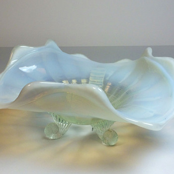 Opalescent Ruffled Bowl - Glassware
