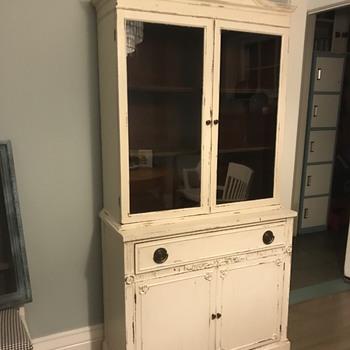 China cabinet - Furniture