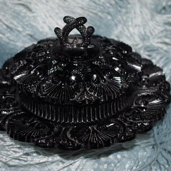 GEORGE DAVIDSON & CO JET BLACK GLASS BUTTER DISH WITH COVER - Art Glass