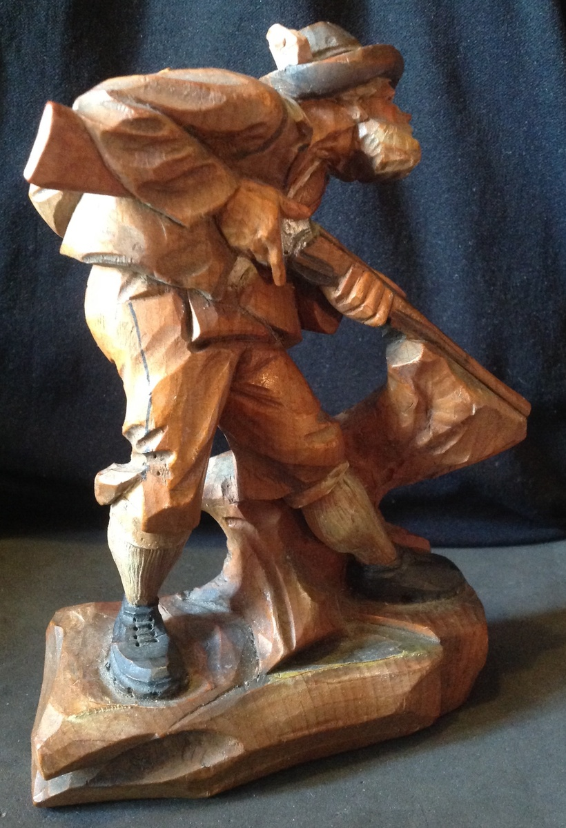 Anri wood carved hunter figure collectors weekly