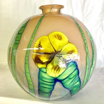Kralik - large Ball shape - Art Glass