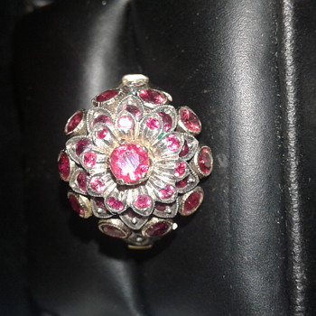 Ruby 18k Gold Ring. - Fine Jewelry