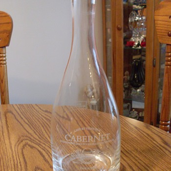 OLD? NEW? VINTAGE? DECANTER - Glassware