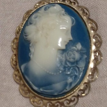 Blue agate cameo or something else? - Fine Jewelry