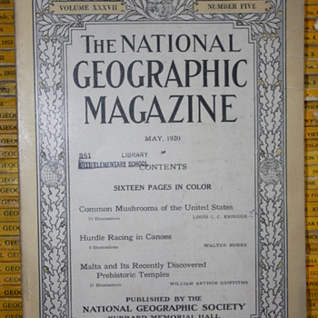 Th National GeoGraphic Magazine.  - Paper