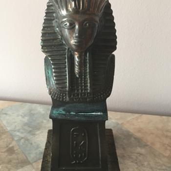 Tutankhamun Bust - Books