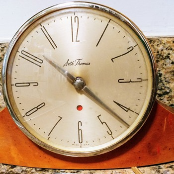 SEEKING INFO on Seth Thomas electric mantel clock - Clocks