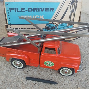 Pile Driver Truck - Toys
