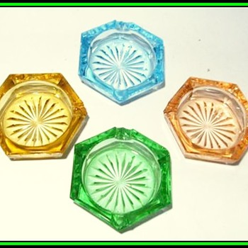 Bohemian Czech - Small Glass Ashtrays ( Two Different Examples ) - Art Glass