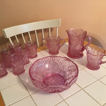 Purple glass set