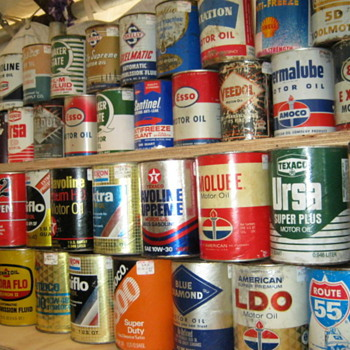 Oil cans at Brimfield - Petroliana