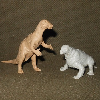 Marx Dinosaurs Make That Prehistoric Creatures Iguanodon and Moschops - Toys
