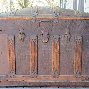 Mid to late 1880's  Beals & Selkirk trunk ? - Furniture