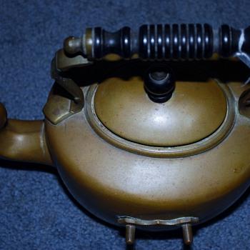 copper tea pot - Kitchen