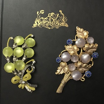 Moonglow brooches - Costume Jewelry