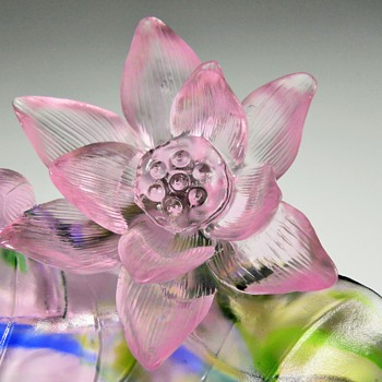 "Chinese Art Glass Sculpture ""Lotus Flowers"" Circa 21 Century - Art Glass"