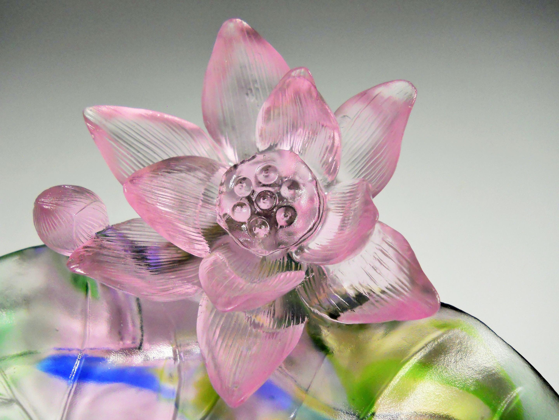 Chinese art glass sculpture lotus flowers circa 21 century chinese art glass sculpture lotus flowers circa 21 century collectors weekly izmirmasajfo