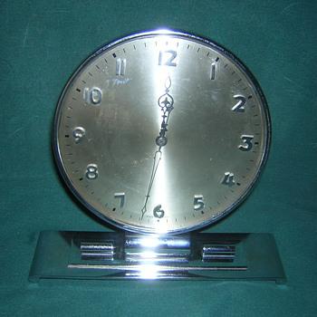 Chrome Deco Clock