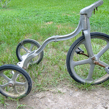 McClatchie Tri-Bike Tricycle - Sporting Goods