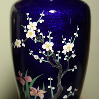 Cloisonne Vase from Japan with Hidden Image of a Bird