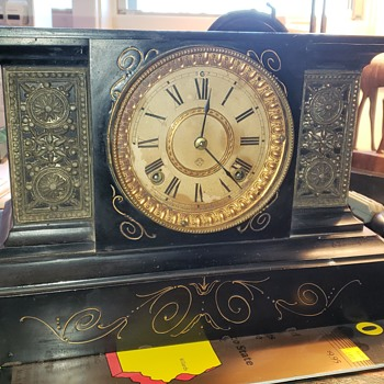 Old family mantle clock. - Clocks