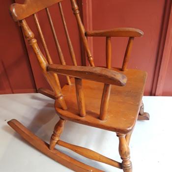 maple child size rocking chair by PHOENIX - Furniture