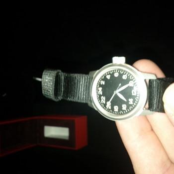 vintage Elgin A-11 - Wristwatches