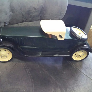 Schiebel tin toy car?  - Model Cars