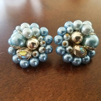Vintage Blue Pearl(y) Beaded Flower Clip On Earrings