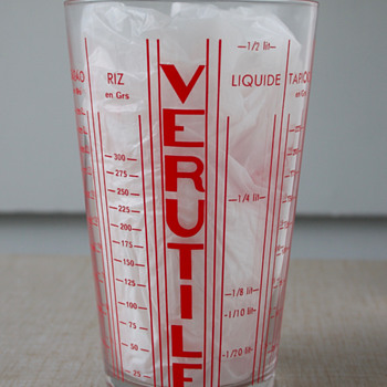 Verutile Measuring Glass - Art Deco