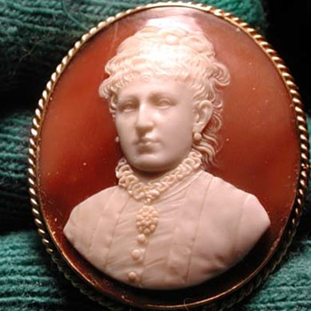 Portrait cameo of Victorian women - Victorian Era