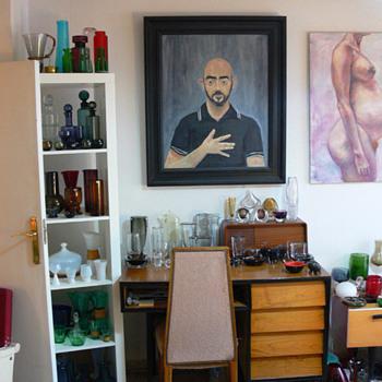 A glass collector's living room II - Art Glass
