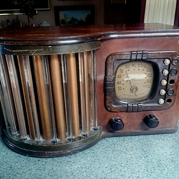 "Zenith ""World's Fair"" / Glass Rod Radio / Model-6-D-317 / Circa 1939 - Radios"