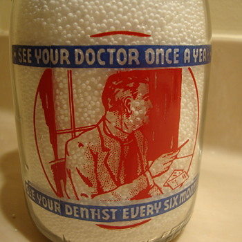 GATEWAY CREAMTOP MILK quart from JOPLIN MISSOURI....Health Slogan On Back.......... - Bottles