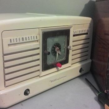 "1952 Westinghouse ""Risemaster"" (Project) - Radios"
